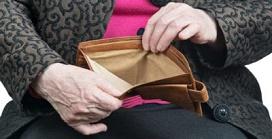 Financiële uitbuiting, ouderenmishandeling